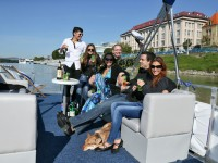 Vyletná plavba, Bratislava - Devín